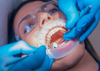 When Do You Need Emergency Dental Care?